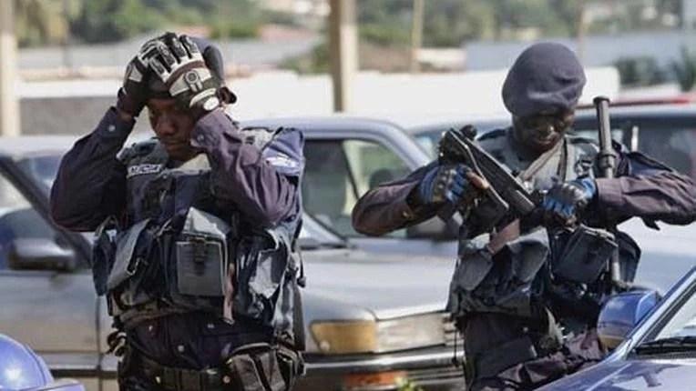 Photo of Covid-19: Polícia mata homem no Bairro Prenda ao repreender jovens que não usavam máscara
