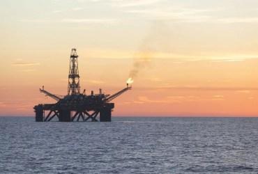 Plataforma de Petróleo - iStock