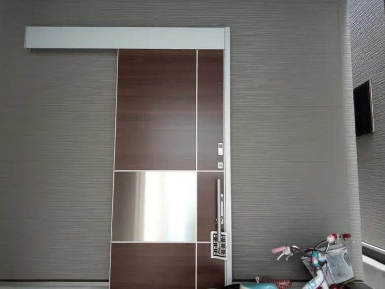 玄関ドアはLIXILのリモコンキーに決定。3階建てに住むなら電気錠一択