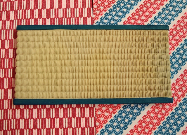 イグサ畳と和紙畳の比較。イグサのデメリットを考えた時に行きつく和紙畳とは