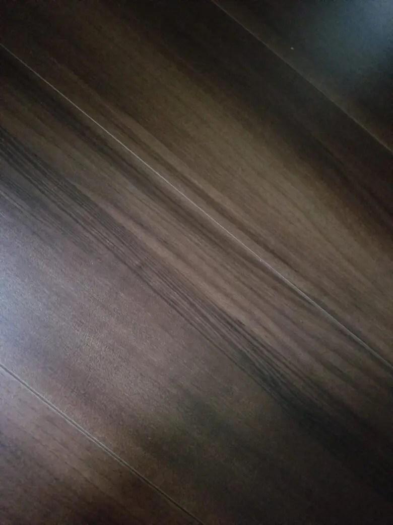 リクシルの床材はバランスが良い。ラシッサシリーズの特徴と「売り」と比較