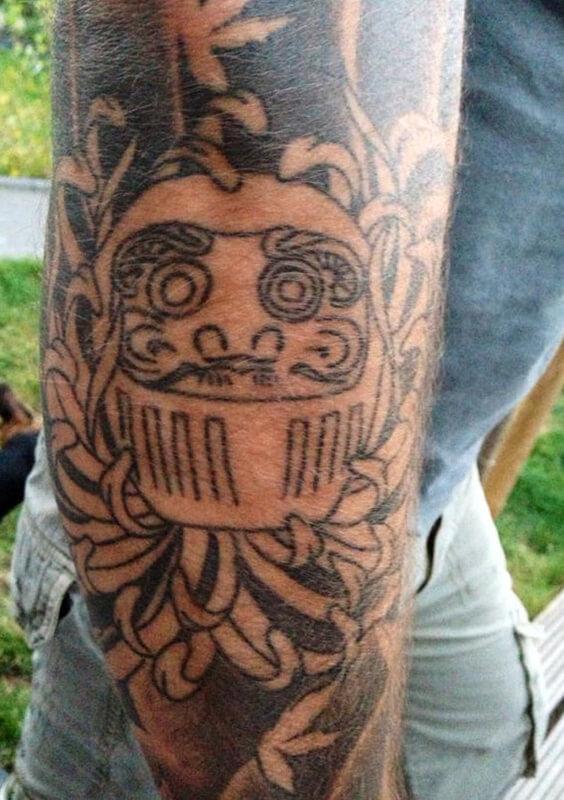 Tattoo ontwerp sleeve Daruma inked