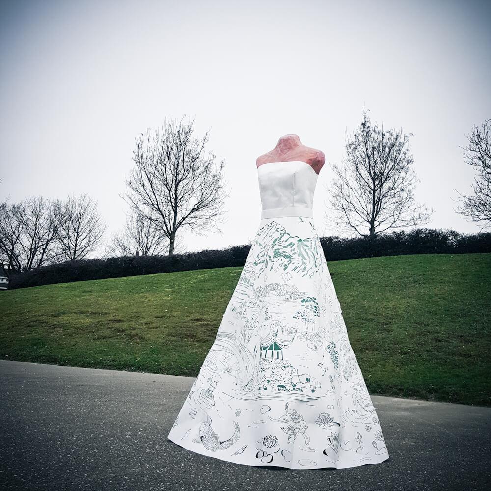 asian-paperdress-photoshoot-papercut-mukieart