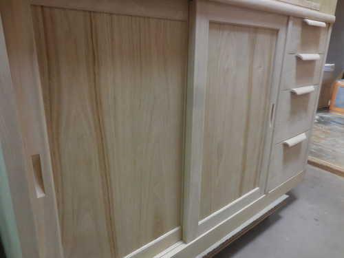 食器棚引き戸