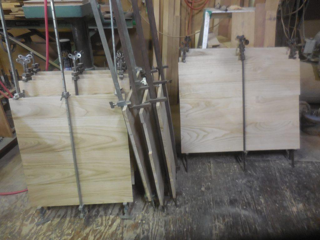 栗の食器棚 背板