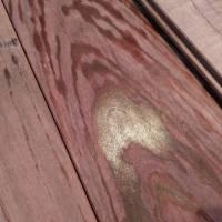 無垢フローリングから出る樹液の除去
