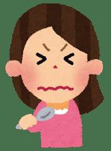 味を噛みしめるトモ子さん
