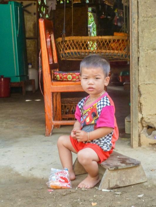 Enfant Lao à Nong Khiaw