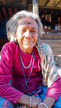 La vie des ainés s'écoule paisiblement à Bandipur