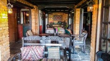Un des salons de L'hôtel The Old Inn à Bandipur