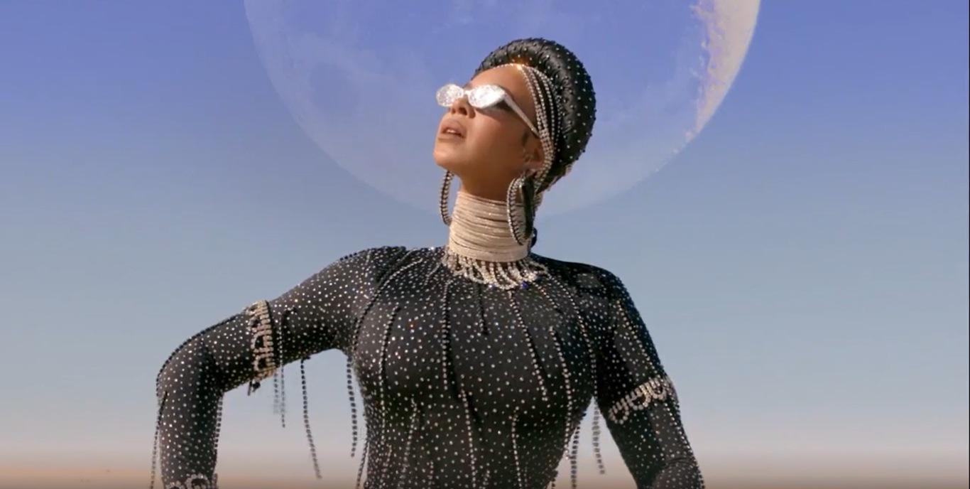 """Para quem Beyoncé produziu, dirigiu, compôs e atuou em """"Black is King""""?"""