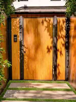 Mulholland Wood-Like Entrance Gate