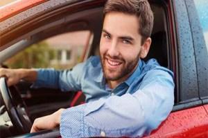 تفسير حلم ركوب السيارة مع شخص غريب