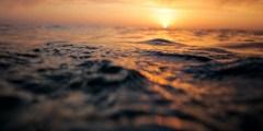 تفسير حلم الغرق في البحر والخروج منه