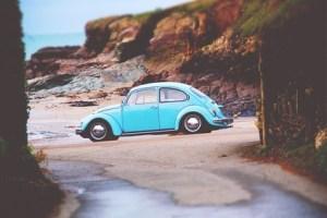 تفسير حلم سيارة تمشي في البحر