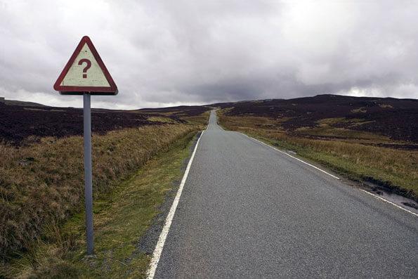znak zapytania znak drogowy