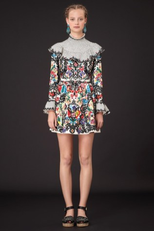 valentino_013_2000_985062909_north_552x