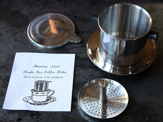 Vietnamese coffee filter - Ca Phe Phin (Fot. Andrea Nguyen / Flickr)