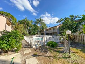 Royal Poinciana Gardens Apartments - Sarasota Apartment Complex - The Multifamily Firm