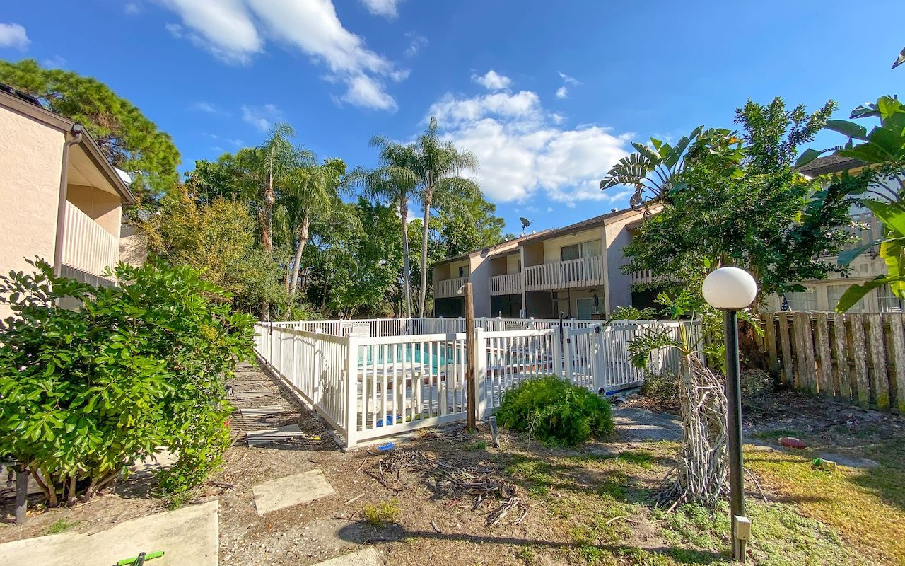 The Multifamily Firm Brokers Sale of Apartment Complex in Sarasota