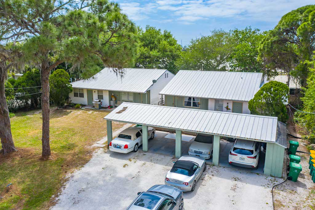 The Multifamily Firm Brokers Apartment Building Sale in Englewood, Florida