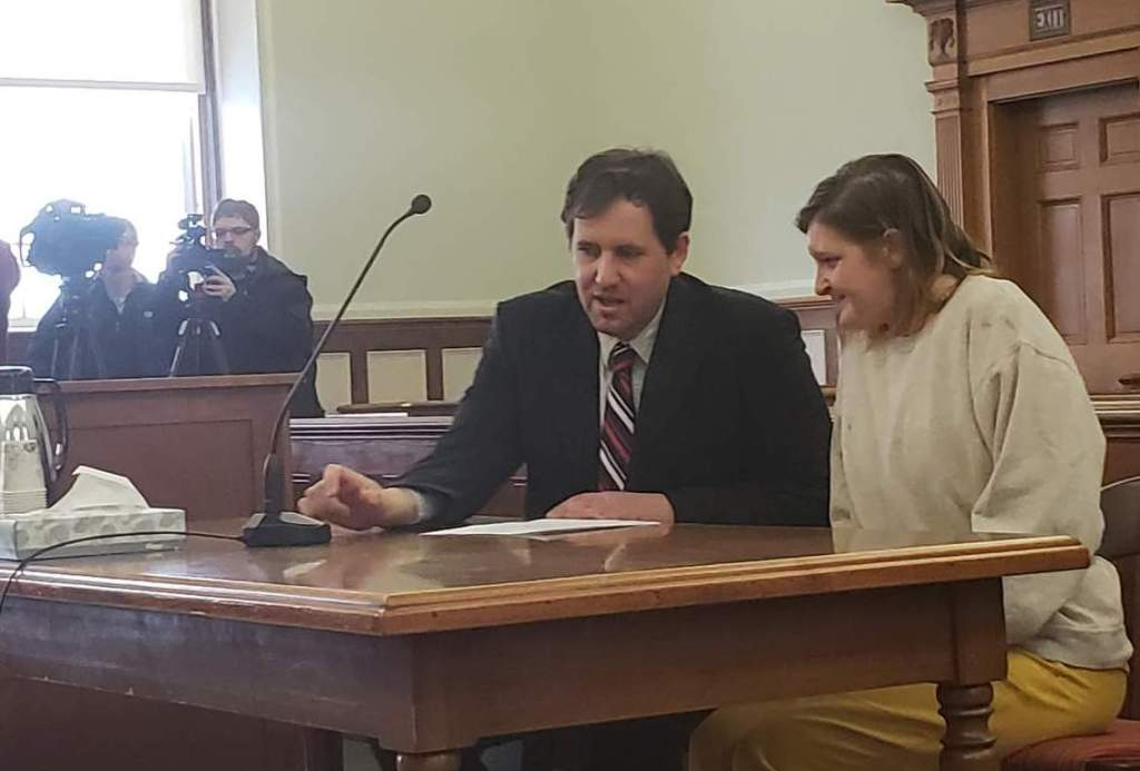 Sarah Richards, right, is shown here with her attorney, Jeremy Pratt, at an earlier court hearing.