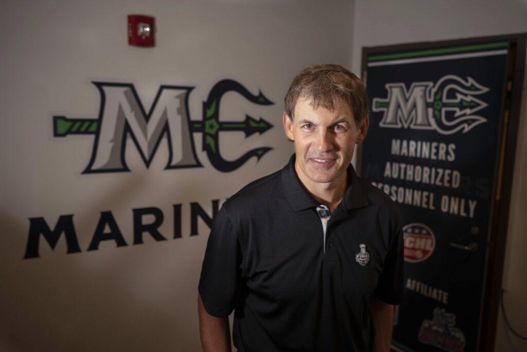 NHL ref Wes McCauley of South Portland to be honored at Mariners