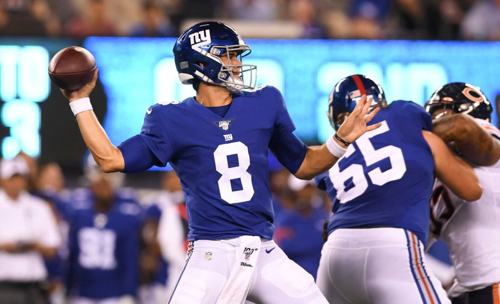 New York Giants quarterback Daniel Jones  completed 11 of 14 passes for 161 yards and a touchdown against the Chicago Bears on Friday in East Rutherford, New Jersey.