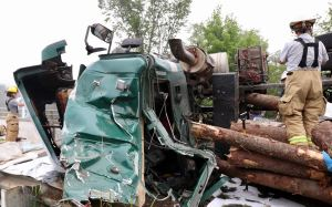 Vermont trucker injured when loaded rig rolls over in northern Oxford County | Lewiston Sun Journal