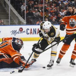 Bruins_Oilers_Hockey_32554