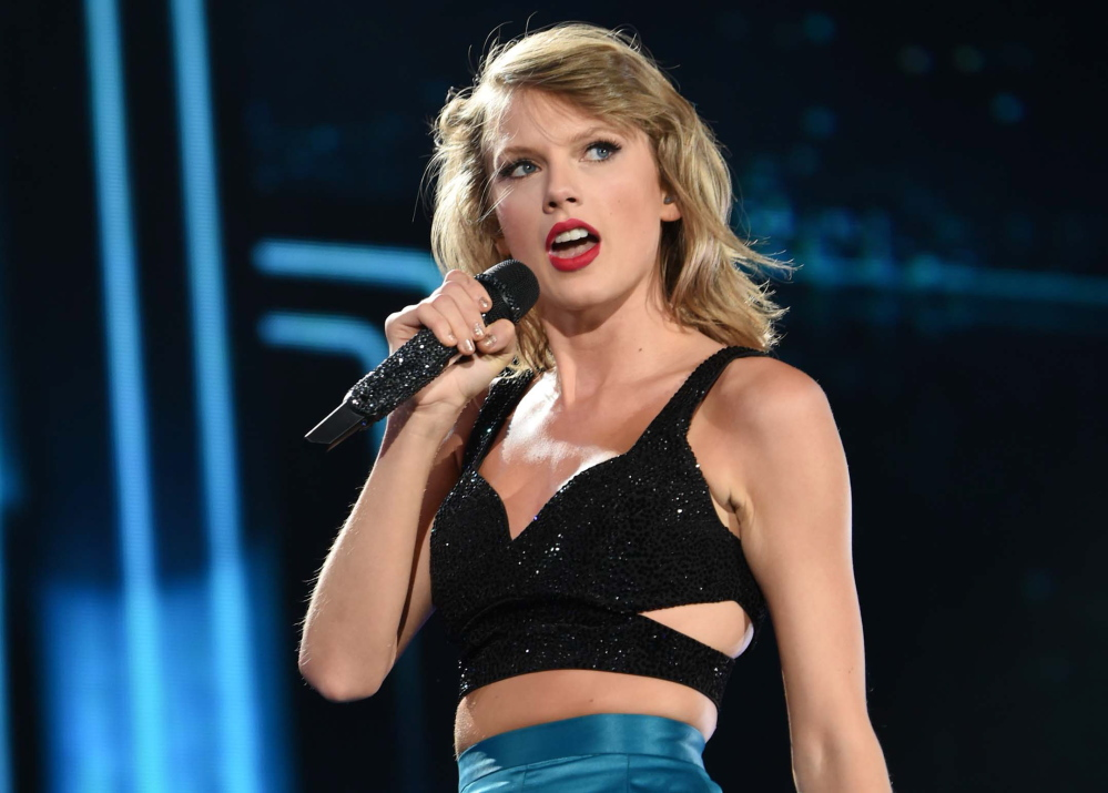 """Taylor Swift, the top nominee at Sunday's 2015 MTV Video Music Awards, will introduce the world premiere of her new music video, """"Wildest Dreams,""""on a live preshow."""