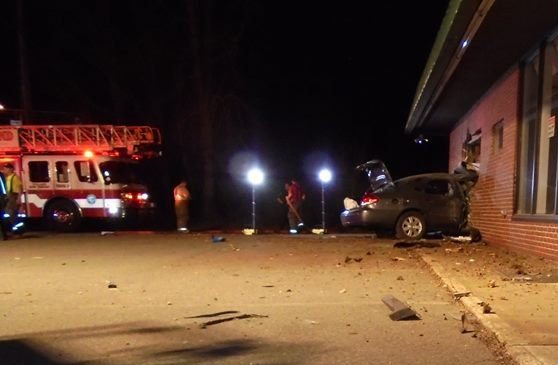 Scene of early morning crash on Broadway in South Portland.