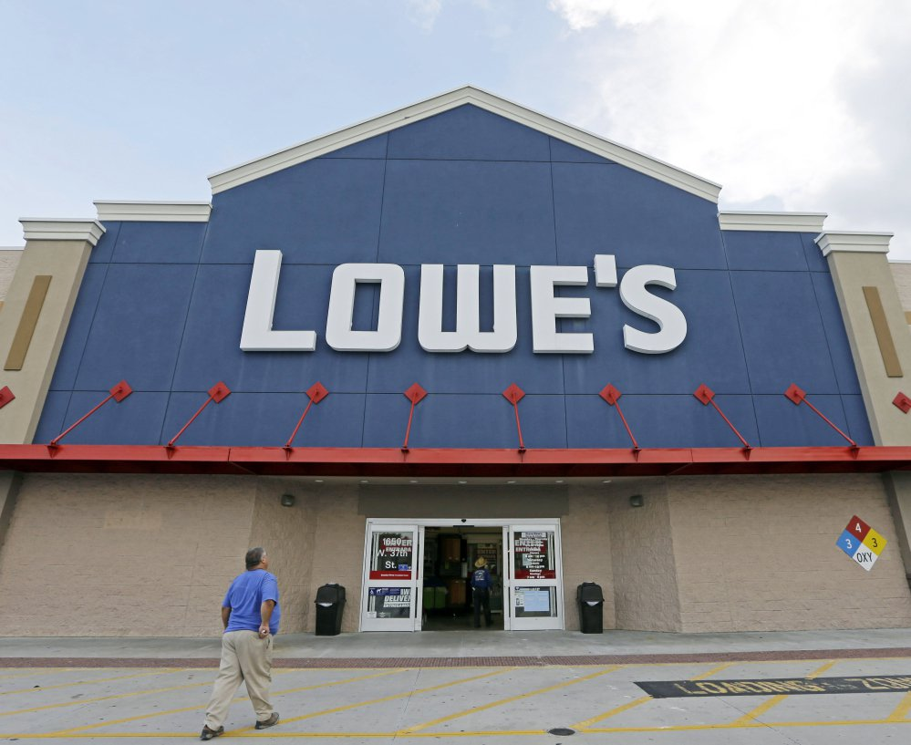 Sales for Lowe's rose nearly 11 percent, to $16.86 billion, the company reported Wednesday. But this fell below Wall Street projections of $17.04 billion.
