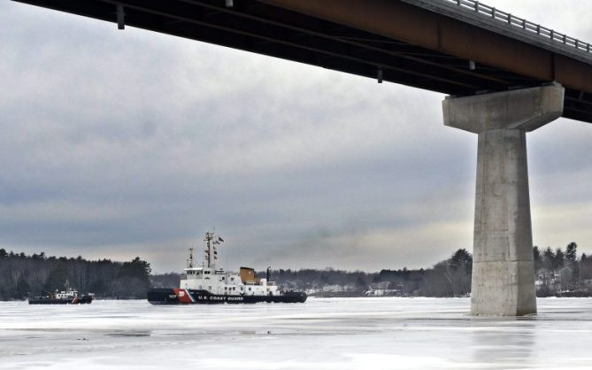 The USCG cutter Penobscot Bay and USCG ice breaker arrive Sunday at the bridge spanning the Kennebec River between Richmond and Dresden.