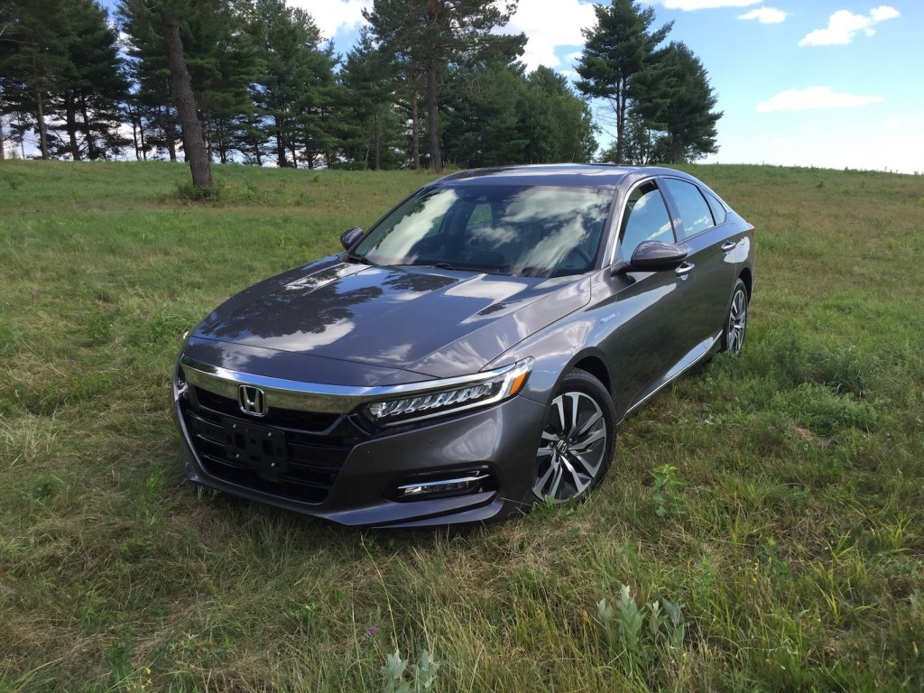 Fuel-conscious buyers have four Accord trim levels to pick from, topping out with the Touring edition. (Photo by Tim Plouff)