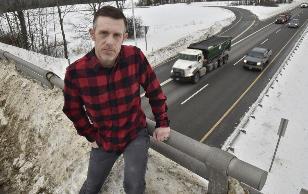 In 'freak' accident, snow falling from bridge damages Waterville