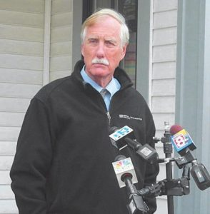 INDEPENDENT U.S. SEN. ANGUS KING announces on Wednesday at his home in Brunswick that he'll continue to caucus with Democrats in the Senate.
