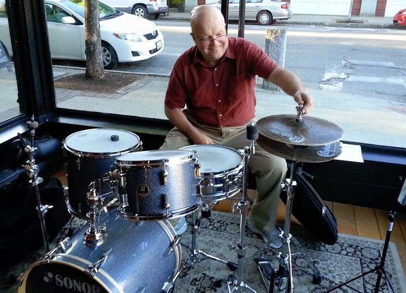 """Jazz drummer and composer Steve Grover gets ready to play at Elements cafe in Biddeford in June 2015. Paul Lichter, a jazz concert promoter, called Grover """"the most significant jazz musician in Maine history."""""""