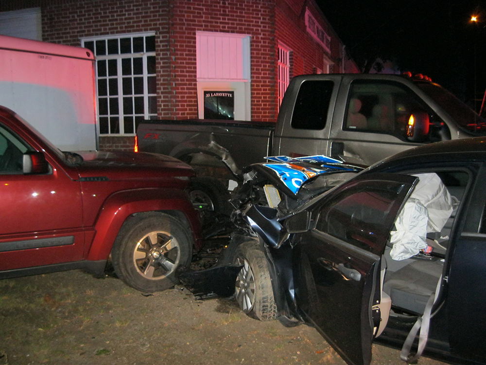 High-speed chase ends with dramatic crash in Yarmouth