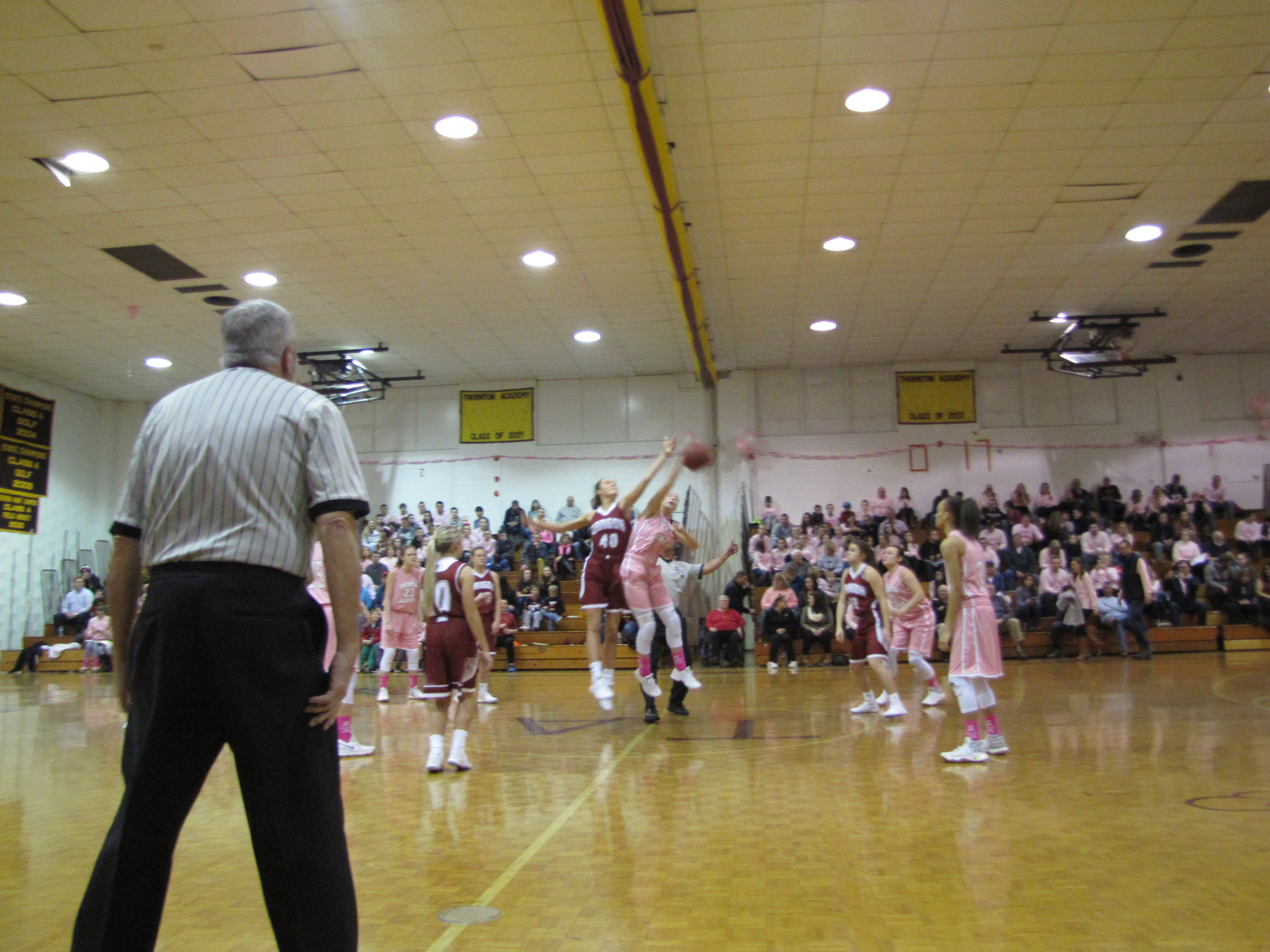 TAYLOR MORRISON/JOURNAL TRIBUNETA varsity girls play Bangor during the Hoops for Hope cancer research fundraiser at Thornton Academy Saturday evening.