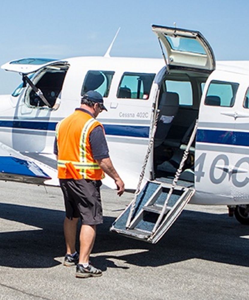 The Cessnas used by Cape Air have boarding doors split into upper and lower halves. The top half malfunctioned on a Cape Air flight Wednesday.