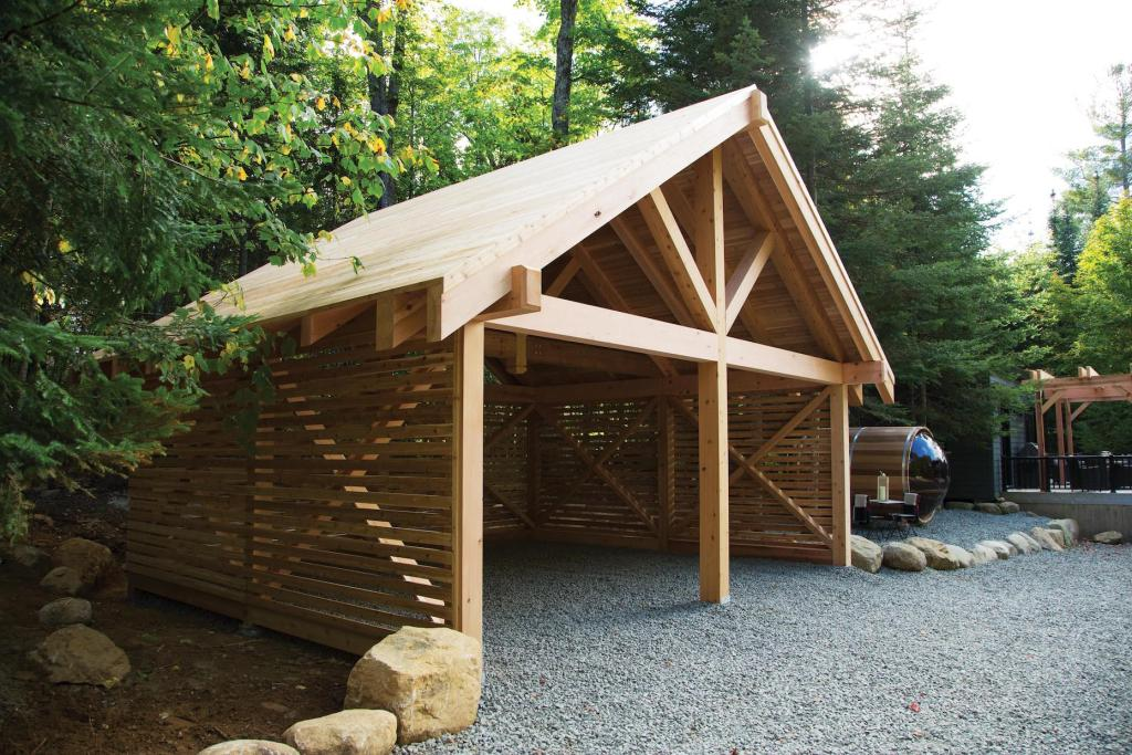 Western Red Cedar has many fans in the construction world.