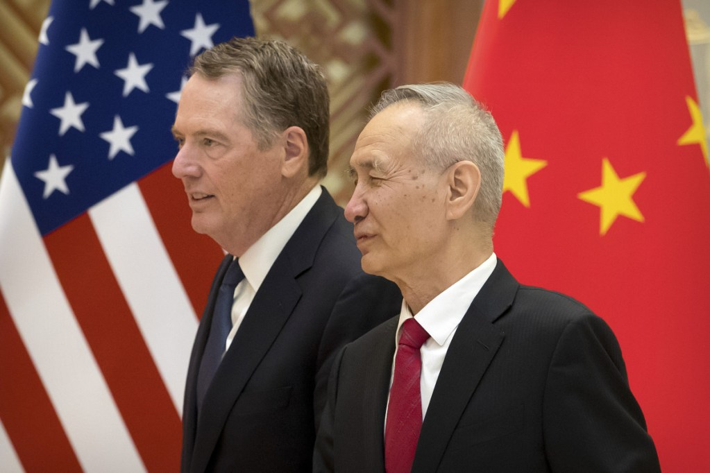 U.S. Trade Representative Robert Lighthizer, left, will meet with Chinese Vice Premier Liu He later this week.