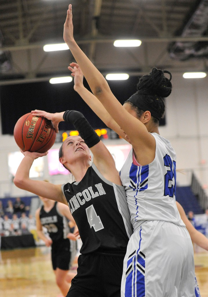 Girls' basketball: Kennebunk takes early lead and runs past