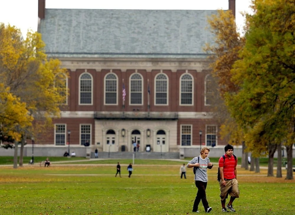 A new report from the University of Maine System says about 25 percent of undergraduates have their tuition and fees covered by grants and scholarships.