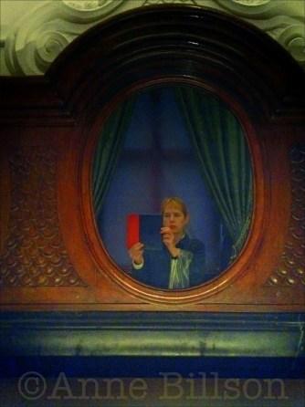 Mauritshuis: mirror.
