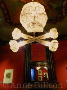 Escher in het Paleis: chandelier by Hans van Bentem.