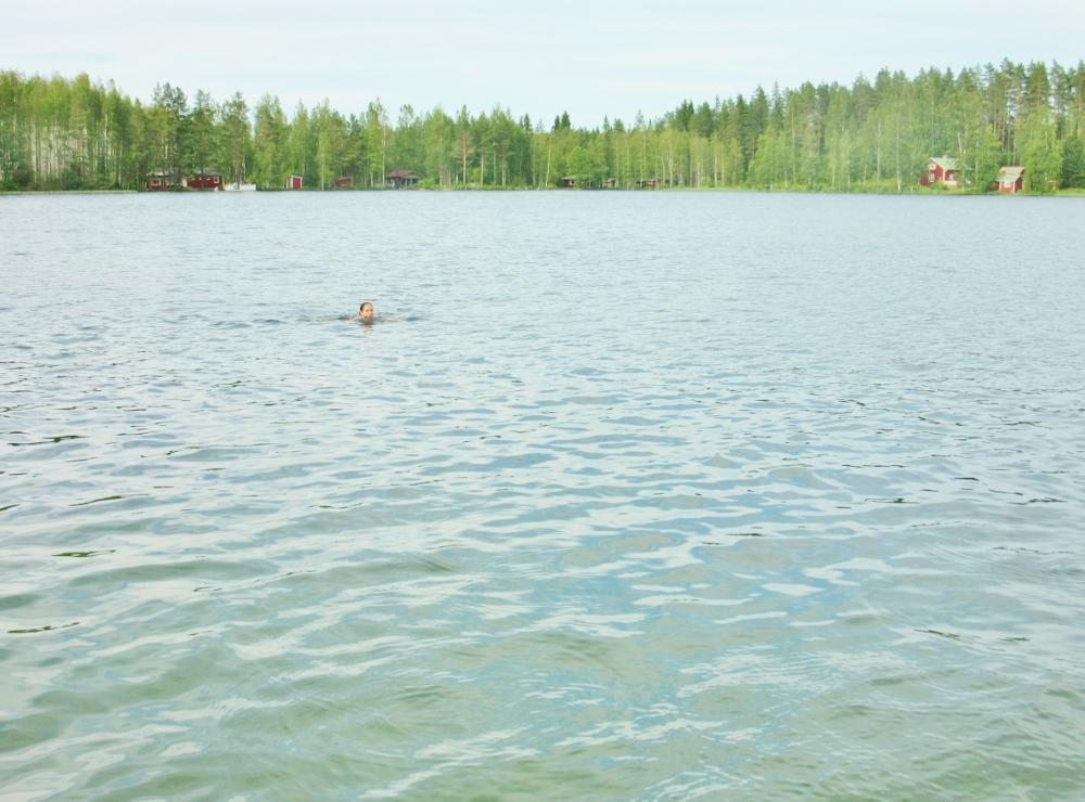 Swimming in lake Kangasjärvi