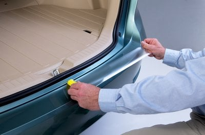 3M™ VentureShield™ Paint Protection Film 7510CC/CS-LD is an 8 mil (203micron) urethane film with a clear coat and cap sheet liner. When applied, the film is virtually clear and almost indistinguishable from the original finish.