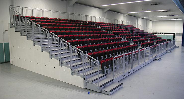 Nordseehalle Emden Deutschland ELAN TransFlex mobille Teleskop-Tribuenen ELAN Standworks